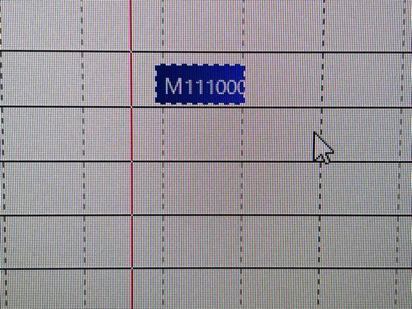 Aviutlで編集しようとしたら、拡張編集の設定が全てリセットされ、グリッドの線が反応しなくなっていました。 普段ならグリッド線に沿ってファイルが張り付きますが、なぜか張り付きません。どなたか対処法をご存知の方いらっしゃらないでしょうか?