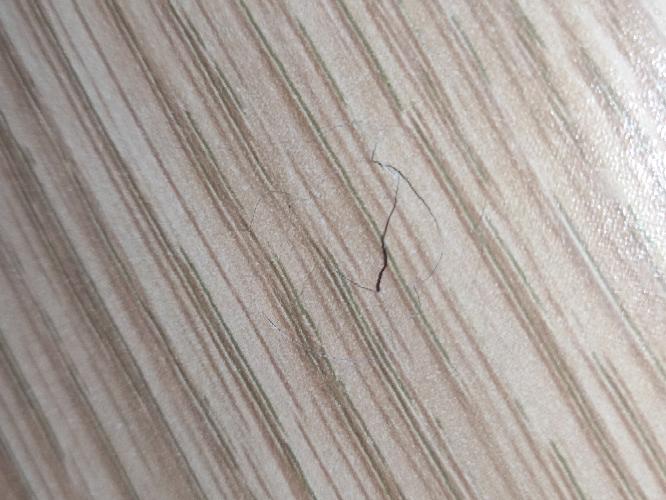 机に穴あきました ニトリのプレフェってやつです。 埋める方法教えてください