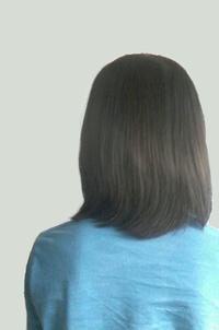 この髪の長さはロン毛・長髪ですか?男です。