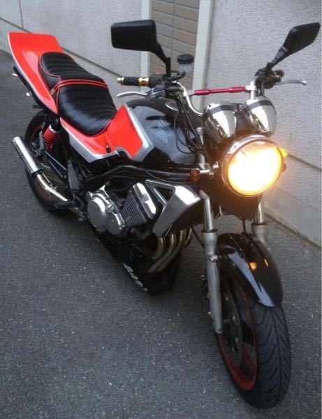 このホンダのバイクの車種名を教えて下さい