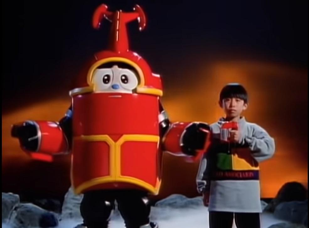 """アニメや特撮作品の中で「主人公の命令で姿を変形または合体するロボット」と聞き、思い浮かべるのは何ですか? 下記は『譲が友情コマンダーに""""チェンジ!スーパーモード""""ということで体をスーパーチェンジさせるカブタック』です。"""