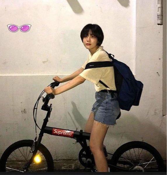 この画像の自転車どこのかわかる人教えてください!supreme自転車で調べましたが出ませんでした。似てる形のものも教えてください!