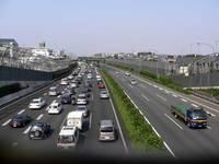 東名高速道路の「綾瀬バス停付近」と「大和トンネル付近」は渋滞しやすい区間なのですか?