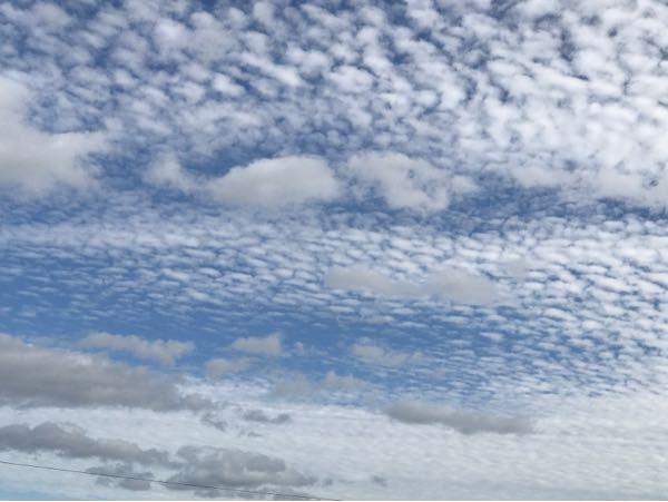 この雲は何と言う名前の雲ですか?