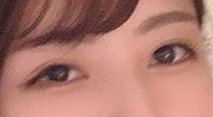 この目はアイプチかメザイクでしょうか?