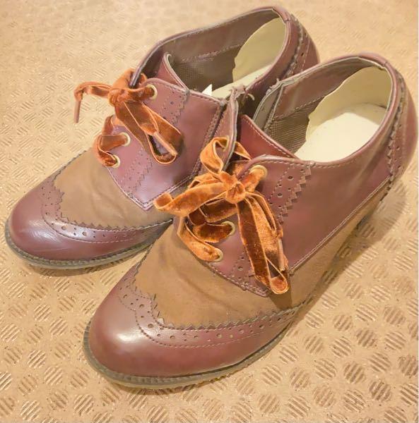 この靴に似合うコーデを教えてください!