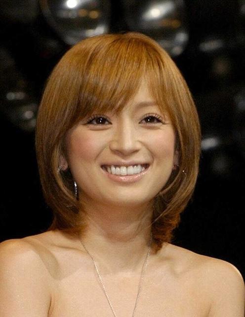 30、浜崎あゆみさんの曲で、あなたが好きな曲ベスト3は('_'?)