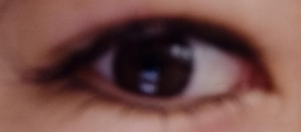 この目は男と女どっちだと思いますか?