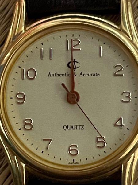 腕時計に関して 家の整理で腕時計が出てきたのですが 名前を検索しても出てこず困っております。 詳しい方いらっしゃいましたら宜しくお願い致します。