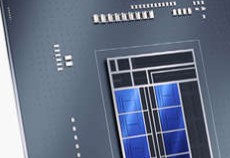 Intel CPU 第12世代Alder Lake Intel CPU 第12世代 Alder Lakeが11月にリリースされるそうです。 過去のCPUとは、構造が変わっているCPUらしいです。10nmなんでしょう。AMDも来年Zen4の新CPUをリリースしてくるとも聞いています。来年から再来年には更に新CPUがリリースされてくると共に、DDRメモリやPCI-E5.0搭載マザー、グラボもPCI-E5.0×16対応の商品、M.2SSDもPCI-E5.0×4対応の商品が登場してくるものと思われます。ベンチマーク上はさほど現行PCと大差は無いかもしれませんが、玄人の人はこのようなロードマップを視野に入れ、PCを買い替え、買い増しする人は居ますか?ゲーマーの人や自作好きな人が興味ありそうなお話ですが、一般人もこういうハードの推移を、多少でも知ってPCを買い替えた方が私は得だと思いますが、如何でしょうか?型落ち品を安価で買うという手法もありますけど・・・。