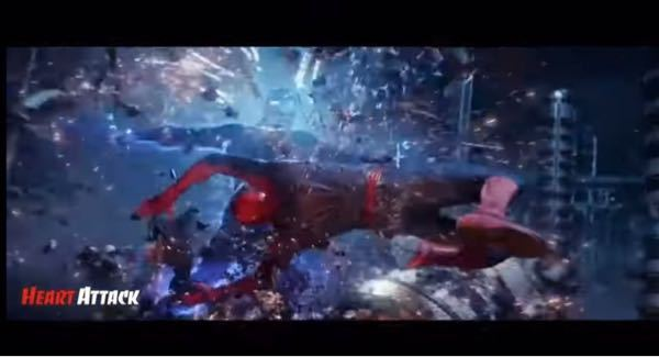 NARUTOのOP「シルエット」のマダラとサスケが石の柱の所で戦ってるシーンとアメイジング・スパイダーマン2のこのシーン避け方が似すぎてませんか?パロディかなんかでしょうか?