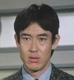 「スクールウォーズ」の主人公で滝沢賢治役の俳優、山下真司は歳を重ねてから雰囲気が変わったと思いませんか? 「スクールウォーズ」の時は爽やかな雰囲気を醸し出していた好青年でした。 しかし最近の山下...