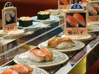 最近の回転寿司は鮮度もメニューも格段に進化していると聞きました。 子供の頃、家族でたまに回転寿司に行くのが楽しみだったものですが、ここ10年は行っていません。 調べてみると、うまい鮨勘、くら寿司、スシ...
