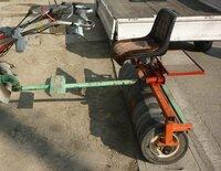麦踏み ローラーの重さはいくら位あるのですか?