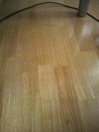 インテリアについてですが、アジアンテイストなお部屋にしようと思うのですが、床が薄茶色(画像)のフローリングの場合カーペットはブラウンかベージュかグリーンどれが良いのでしょうか??
