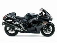 フルカウルのバイクで高速道路を走るのが怖くないですか。  フルカウルだと横風に吹かれたとき振られて怖くないですか。