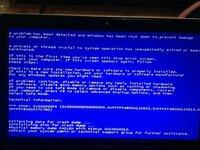ブルースクリーン パソコンを起動すると、Windowsロゴ表示後に写真のようなブルースクリーンが表示されてフリーズします。 セーフモードなども試しましたが駄目でした。 原因または解決作が分かる方、教えて下さい。m(_ _)m
