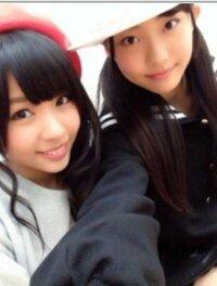 左側の女の子の名前、分かりませんか? NMB48 よろしくお願いします。