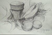 鉛筆デッサン 「静物」を描きました。ご意見、ご感想をお願いします。 画用紙 A4 maruman