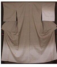 単衣 紬 訪問着に合わせる帯を教えて下さい。6月上旬に着る予定です。6月に着るには色が濃いでしょうか?紬の訪問着です。又長襦袢 小物類の合わせ方も教えて下さい。 写真の着物です。