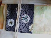 以前付け下げの合わせ方で質問しました。袋帯だけでなく、名古屋帯とも合わせられるとのことで、試してみました。  画像の合わせ方でも格や柄、色など、おかしい点はありますか?