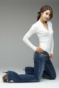 韓国のモデルです。名前判る方教えてください。