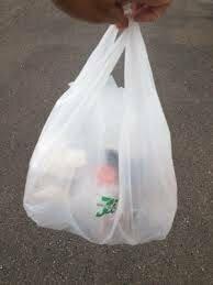 ▲買ってきた物を、ゴミと間違えて、そのまま 捨てちゃた人いますっか?  コンビニの袋て紛らわしいよねo(`ω´ )o(袋のせいにしたい)  私の、ポケットWifiが、昨日からないんだけどさ(T_T)   まさかーー(T_T)