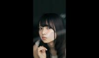 乃木坂46の齋藤飛鳥さんってちょっと喉仏出すぎじゃないですか? 他にも伊藤万理華などが出ています。 彼女らはどうして喉仏が出てしまうのですか?