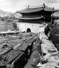 なぜ李氏朝鮮は、これほどまでに国内が貧乏だったのに、インフラの整備や文化・文明の発展に努力しなかったのでしょうか?