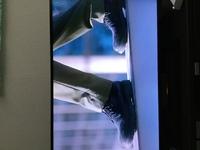 放映中ドラマ「crisis」にて小栗旬(公安機動捜査隊特捜班 稲見役)着用のブーツについて、 ブランドや型番がわかる方どうかご教授いただけませんか? 黒のレースアップショートブーツ 8穴(紐を通す部分は全てハトメ) 内側にサイドジップ有(ジッパー部分のスライダーは一般的な細長く飾り気のないもの) ソールは黒 靴底が特徴的(目の輪郭の様な細長い流線型の円が縦に約8列並ぶ様な靴底) ...