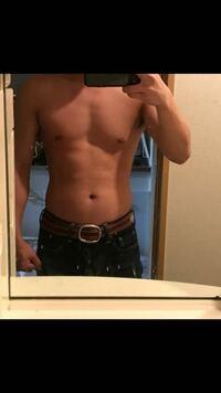 21歳大学生です。 筋トレを始めて5カ月です。 現在173cm、68kgなのですが、もっとどこを鍛えた方がいい、体重をもっと増やした方がいいなどアドバイスよろしくお願いします。