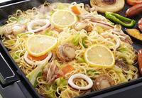 塩レモンを使って美味しい食材や料理といえば? 今までよかったのは ・冷奴 ・田楽(豆腐、茄子、こんにゃく) ・焼き魚(個人的にBEST!) 今日やって感動的に旨かったのは、塩レモン焼きそばです。 隠...