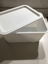 100均のセリアに大きいフタ付きの収納ケースの真っ白は無いんでしょうか?? 小さいサイズの真っ白はありましたが……