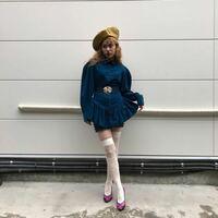 この服(青いワンピース)男からしてどう思いますか? 男子受けしますか? 気になってる服です