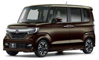 なぜ軽自動車を選ばないのですか。  小さい道でも小回り利き、燃費と維持費の安さ。  狭い日本にとってはピッタリの車だと思いますが。  と質問したら。 金持ちだから。 という回答がありそうですが。  自慢です...