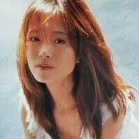 中森明菜さんは、楽曲によって様々な歌唱法を使って歌いますが、今回は、裏声(ミックスボイス、ファルセットなど)が良いなと思う明菜さんの曲がありましたら、教えてください。 お一人様、3曲以内でお願いいたします。  ちなみに、私が好きな1曲は、以下です。  ♪ 桜(びやく)(1997年アルバム「SHAKER」より) https://www.youtube.com/watch?v=JuyYNWY9R...