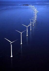 再生可能エネルギーへのシフトへ大きく舵を切ったデンマークは、オイルショック時2%だったエネルギーの自給率は現在100%を大きく超えていますか? 日本のエネルギー自給率が4%に留まっているのを考えればこの4...
