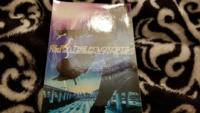 GLAYシングル 天使のわけまえ/ピーク果てしなくソウル限りなく を中古で購入したのですが画像のステッカーが封入されてました。 これは当時の特典ですか?