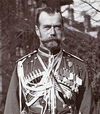第一次世界大戦中、ロシアはロシア革命によりロマノフ朝は倒れニコライ二世ら皇帝一家は処刑されてしまいますが、 現在のロシアではレーニンらの武力を伴った行動を肯定的に評価する人というのは少ないというのは正しいのですか?ニコライ二世はのちに聖人に列聖されたそうですが、皇帝一家の処刑に関してはのちに疑問視する声などもあったのでしょうか?