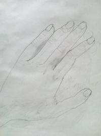 デッサンが下手です。。手を描いてみました。 アドバイスお願い致します。