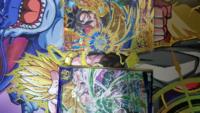 今日鑑定団に行ってスーパードラゴンボールヒーローズのカードを買ってきました この画像のベジータGTが700円で 孫悟空GTが400円でした 両方とも美品です 値段は安いですか?