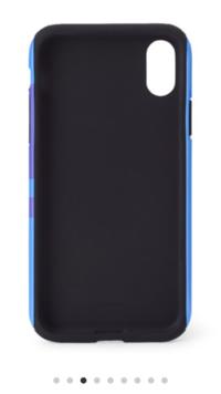 スマホのケースについてです。 Xperiaを使っているのですが、 バンタン(BTS)のケースにしたいんです。 でもそのケースがiPhoneX用で… カメラの位置も同じなのですが 付けることは出来るでしょうか… また、Xperi...