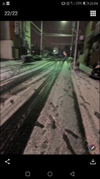 この画像の積雪で夏タイヤは、自殺行為ですか?