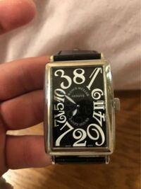 フランクミュラーのこの時計いくらくらいですか