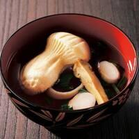松茸ご飯  松茸のお吸い物  どちらが好きですか?