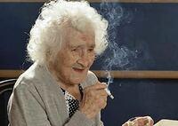 喫煙者のタバコの影響が外見や肌に出てくるのは何歳ぐらいからですか?