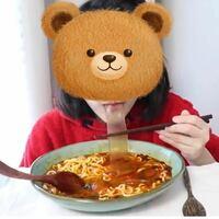 インスタで見たんですが、この食べ物なんて調べたら出てきますか? 韓国の食べ物だと思うんですが… 韓国に詳しい方お願いします(´;ω;`)