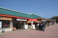 三重県亀山市と奈良県天理市をつなぐ名阪国道は無料自動車専用道路ながらいくつかのSA・PAが存在していました。 それらは現在「道の駅」なのですか? 例. 伊賀SA→道の駅いが