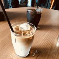 アイスコーヒー、アイスカフェオレ どちらが飲みたいですか?