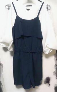 夏のLIVEに参戦するのですが中3でこの服は少し子供っぽいでしょうか… 量産型よりのゆるふわ系が好きなのですがこれは子供っぽくて可愛いに寄りすぎてますか?(量産型になりたいわけではないです) 何かアドバイス...